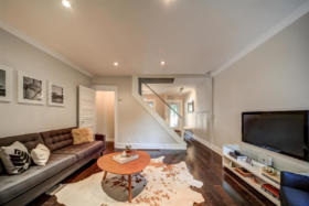 1101 Woodbine Avenue Toronto - living room