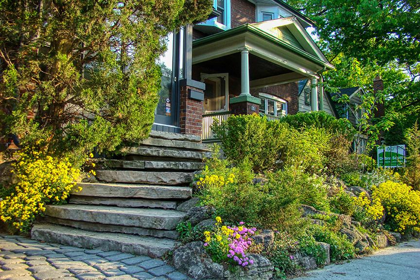 7 Juniper Avenue The Beach Toronto - Front Exterior in Spring. Thurston Olsen Real Estate Team