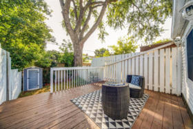 1101 Woodbine Avenue Toronto - backyard deck
