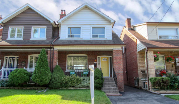 241 Strathmore Blvd, Toronto sold by Thurston Olsen Real Estate Team with RE/MAX Hallmark Realty Ltd.